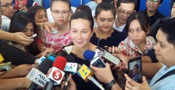 Poe camp asks SC to reverse Comelec DQ ruling