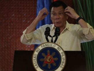 President Rodrigo R. Duterte explains the effects of illegal drugs as he reiterates his war on drugs during the fellowship dinner of San Beda Law Alumni batches 71 and 72 at the Heroes Hall in Malacañan Palace on July 17. TOTO LOZANO/PND
