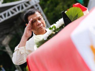 Duterte salute