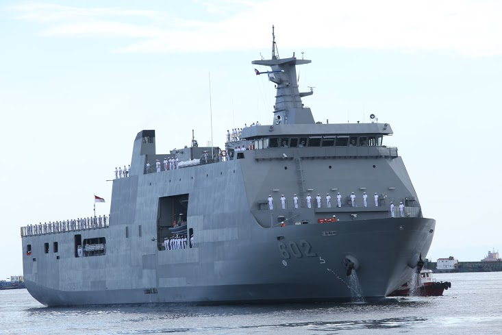 Navy S Newest Sealift Vessel Spotted In Southern