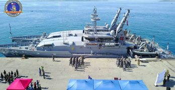 Philippine Navy welcomes Australian warships