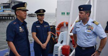 US Coast Guard official visits PH coast watch center, BRP Suluan