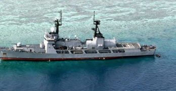 BRP Gregorio del Pilar being inspected for grounding damage