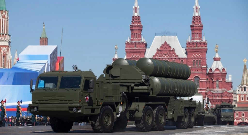 India has quietly approved a $5.43 billion program to buy five S-400 Triumf air defense systems from Russia, just a week before Russian President Vladimir Putin's Oct. 5 visit to the country.